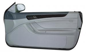 Mercedes CLK W 208 Cabrio / Coupé Doorboards mit 3-Wege-Soundsystem