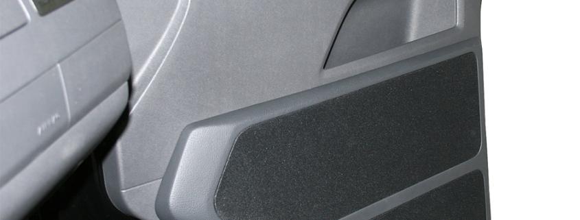 VW T5 Transporter/Caravelle Doorboards mit 3-Wege Soundsystem