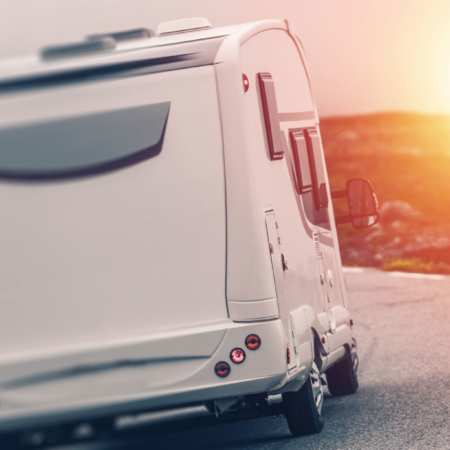 Wohnmobil & Caravan
