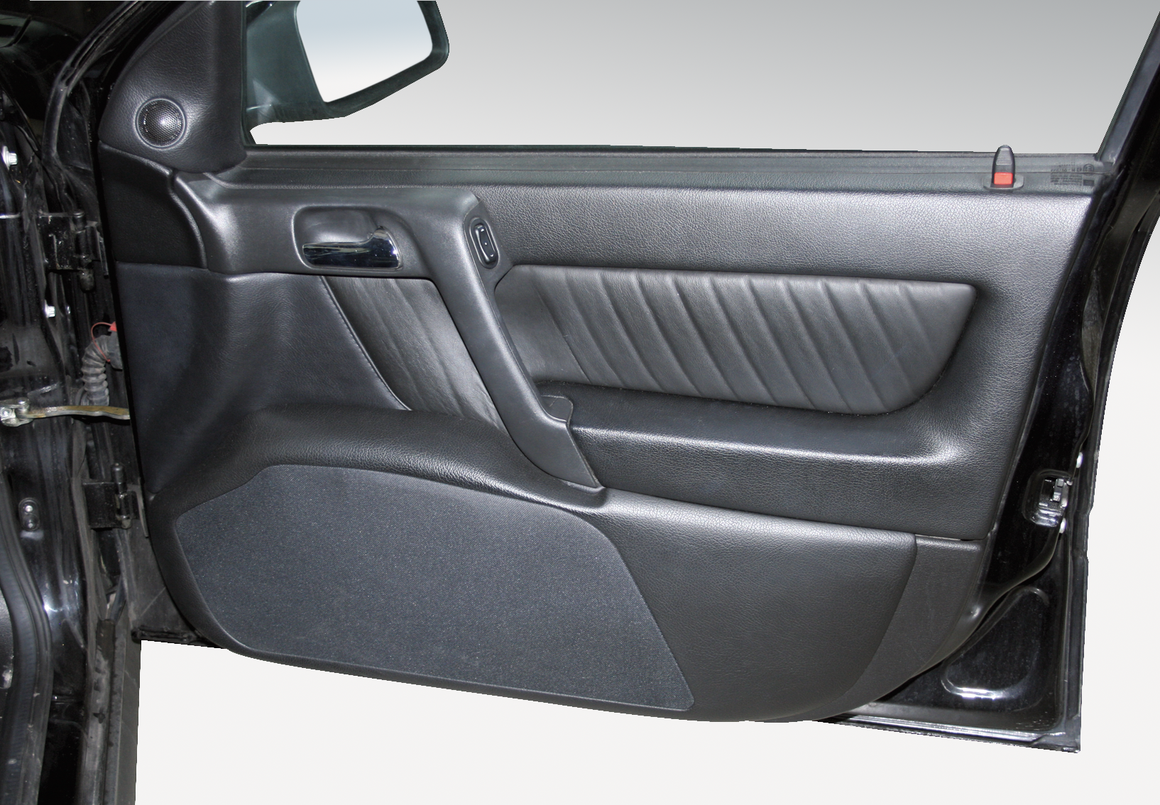 Opel Astra G 2-doors- Doorboards with 3-way soundsystem & Opel Astra G 2-doors- Doorboards with 3-way soundsystem | Jehnert ...